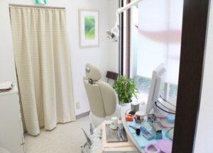 しろいファミリー歯科 診療室