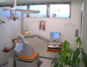 ヒロデンタルクリニック 診療室(歯科+)