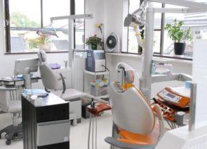 花形歯科医院 (2)