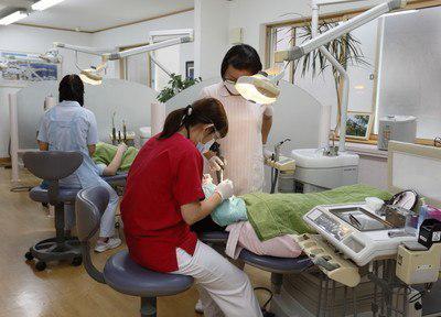 昭和町歯科医院 (1)
