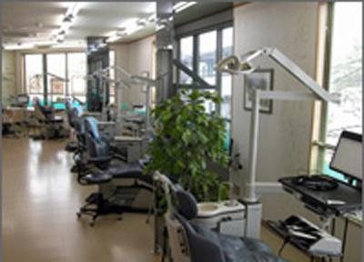 なりた西口歯科医院