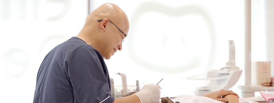 エルモ歯科 医師