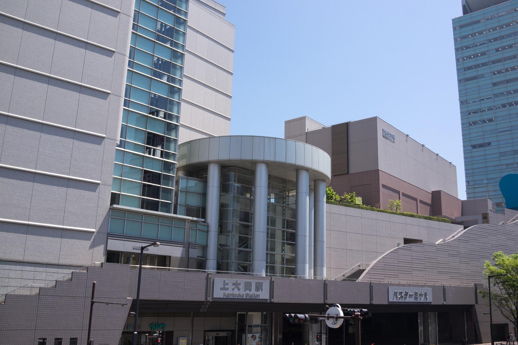 歯科+上大岡駅