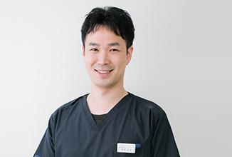 K DENTAL CLINIC 医師