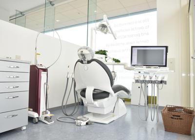 電動麻酔器&針のない麻酔器!快適な治療を心がける