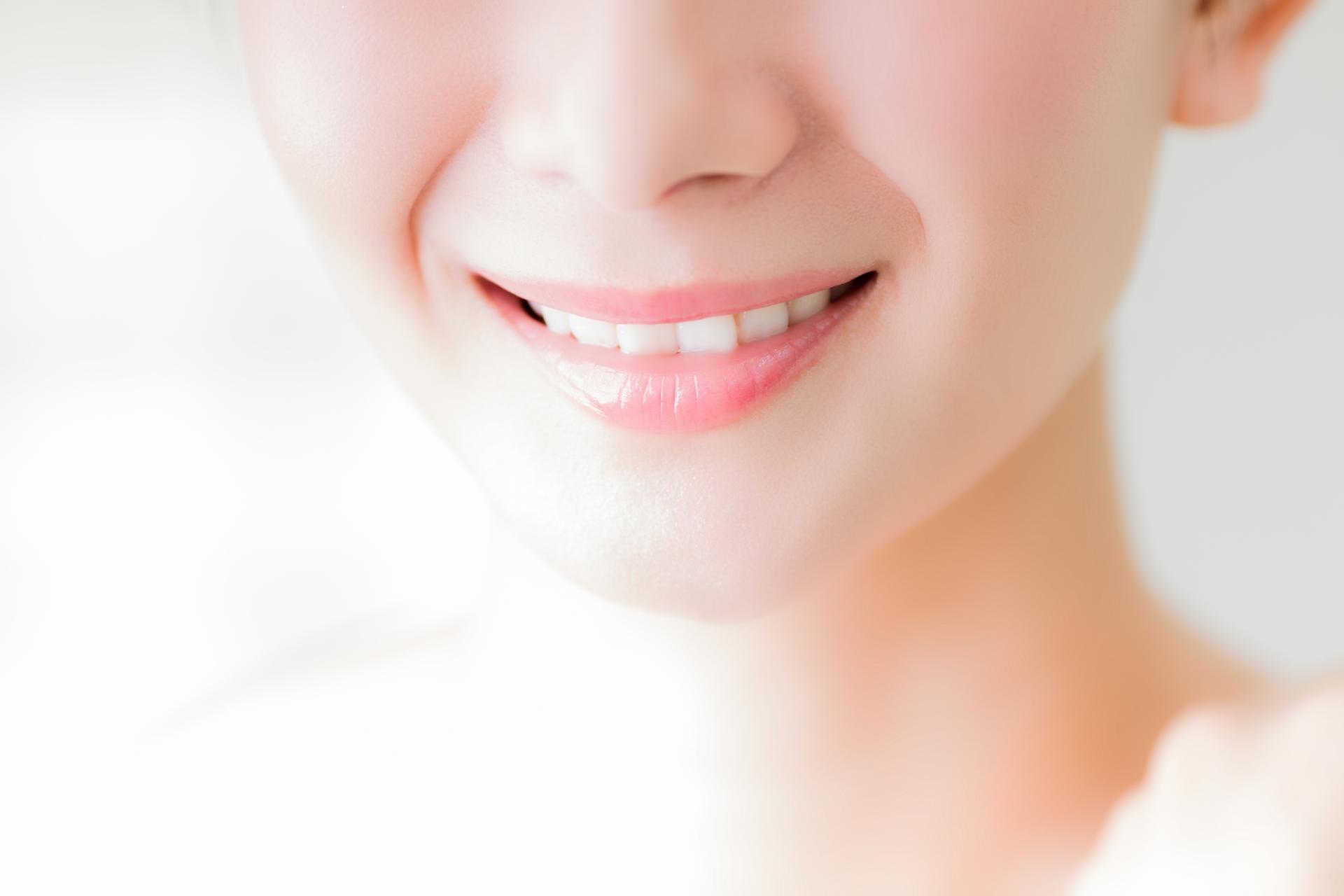 いつも爽やかな息でいたい!知っておきたい虫歯と口臭の関係